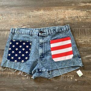 😊2/25 🔥New cute jean shorts